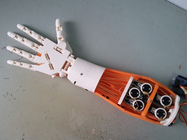 Hand Robot Front