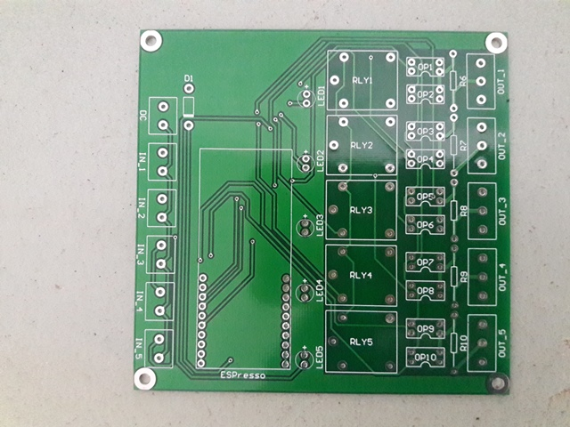 pcb-iot-switch-5-channel