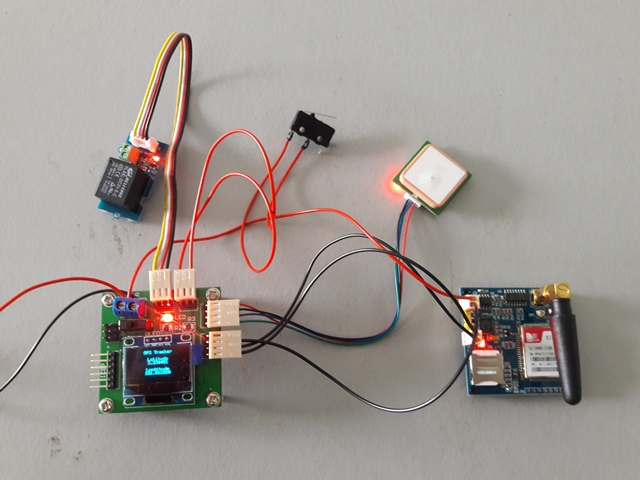 Arduino project car gps tracker « kejuruteraan dan